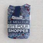 パリのスーパーMONOPRIX エコバッグ 水色の小花柄