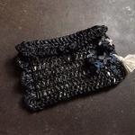 【限定一点】Lilaf 手編みのラフィアポーチ black