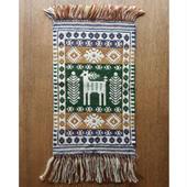 ヤノフ村の織物 タペストリー 森の中の鹿 #1269
