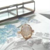 ヴィンテージ 花びらのようなflowerクラシカル指輪(フリーサイズ)