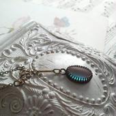 アンティークフロストサフィレット 蝶のようなックレス