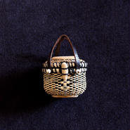 Nantucket Basket 1.5inch Oval with lid ダイヤ模様