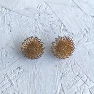Vintage wire flower pierce