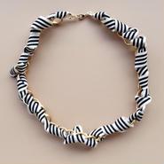 jour couture Border Necklace