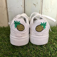 《セレクト》パイナップル刺繍スニーカー