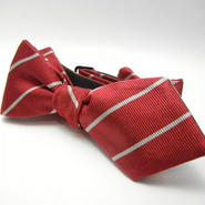 Peaked Butterfly Tie (Silk100%)RED
