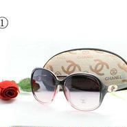 大人気!シャネル メガネ 4色 定番タイプ 合わせやすい