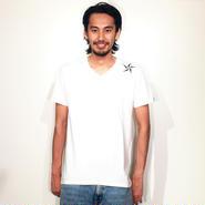 イーブンフロウ   ONE★ Vネック Tシャツ   #ホワイト