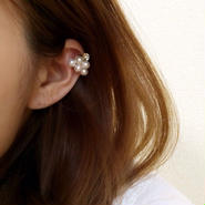 Triangle pearl pierce(トライアングルパールピアス)