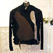 kotohayokozawa pleats tops -high neck long sleeves-