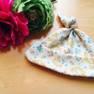 HowCute®︎新生児サイズより小さなサイズ   温もり帽子  女の子柄