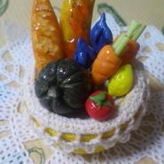 パンと野菜の盛り合わせ