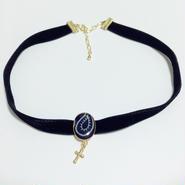 バンダナ × クロス チャーム ベロア チョーカー 青