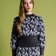 逆さまスズランのセーター