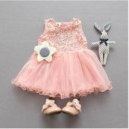 バックスタイルも可愛いドレス ピンク