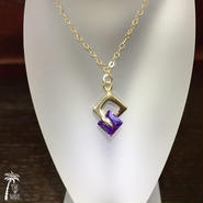 <14kgf>Wスクエア×ゴールドのネックレス-violet-