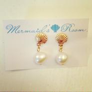 K14GF shell& pearl earrings...❤︎