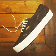 【VANS】Authentic CA (Denim Stich) Black/White