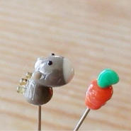 【gemma】まち針2本セット  うま&にんじん  L13-1714