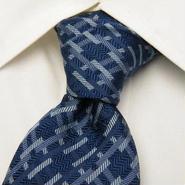 ドラディショナルデザイン【アルプスカワムラ扱い】幾何学模様柄ブルー系ネクタイ【USED】0204