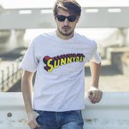 <チャンピオン>グラフィックTシャツ / CHAMPION×PROJECT SR'ES(チャンピオン×プロジェクトエスアールエス)