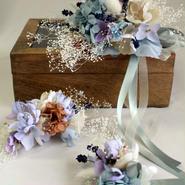 木箱の中の布花ブーケ ¥54,000送料無料