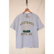 "Champion 90'S ""MUSTANGS PHYS.ED."" Tシャツ"