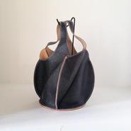「EZO - 02 bag(中)黒」24K