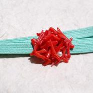 赤いサンゴの帯留