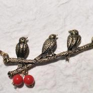 仲良し小鳥とバラの羽織紐