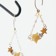 ★~shooting star pierced earrings
