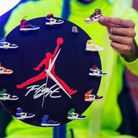 3D Sneaker Clock