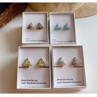 三角 Puzzle ~天然石のカケラ~ ピアスor イヤリング