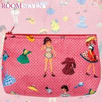 Room Sevenのお人形柄ポーチ(レッド)
