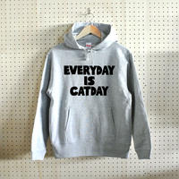 EVERYDAY IS CATDAY(プルオーバーパーカー)