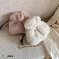 # 巾着型 カラー フェイクファー チェーン ショルダー バッグ 全7色