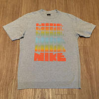 ☆2005年製 - NIKE RAINBOW BLOCKBUSTER TEE