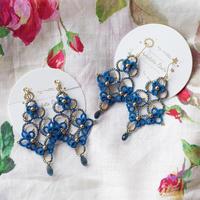 Sultanaへの献上品⁑オリエンタル風耳飾り(ブルー×ゴールド)タティングレースのピアス/イヤリング