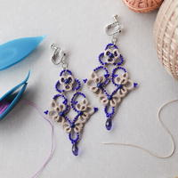 Sultanaへの献上品⁑オリエンタル風耳飾り(ベージュ×ブルー)タティングレースのピアス/イヤリング