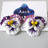 白色×紫ビオラピアス5