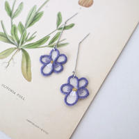 purple violet ピアス
