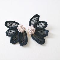 big flower black イヤリング/ピアス