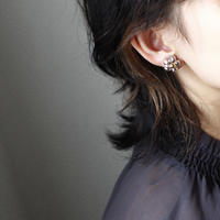 e115 metal flower earring