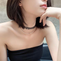 flower × pearl choker necklace
