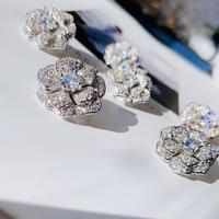 flower stone pierce