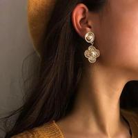 vintage flower gold pierce