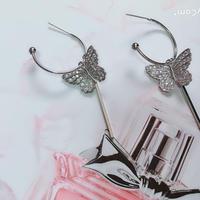 butterfly  hoop  pierce