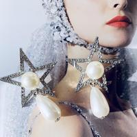 star × pearl drop pierce