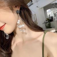 clear × pearl black pierce