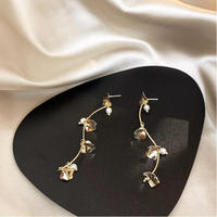 gold leaf × pearl pierce